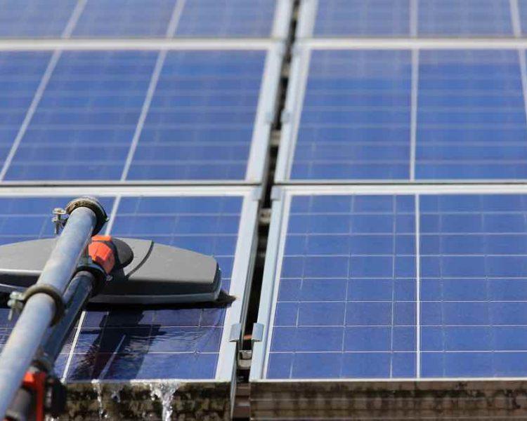 ultrarent tvätt av solpaneler